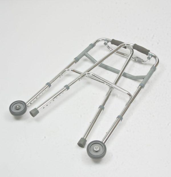 Ходунки складные с 2-мя колесами (от 3 руб/сут)
