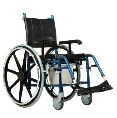 Инвалидное кресло стул с санитарным оснащением