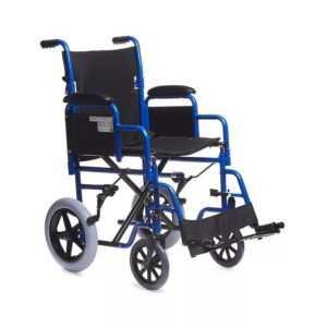 invalidnoe kreslo s malenkimi kolesikami