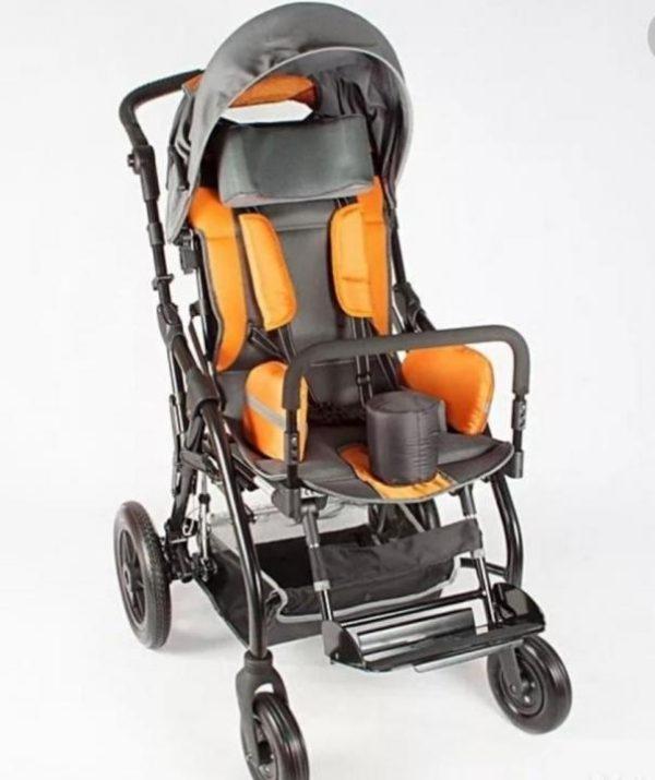 Инвалидное кресло-коляска для детей, больных ДЦП