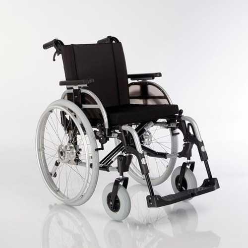 Инвалидное кресло-коляска с регулировкой высоты и сидения, улучшенное